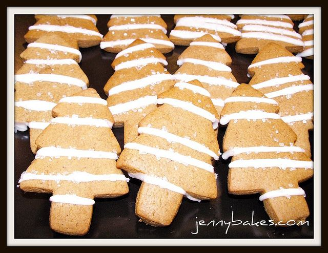 Gingerbread trees with lemon icing | JennyBakes | Pinterest