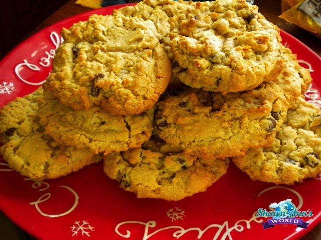 Brian's Buffalo Cookies - Choco chips, Coconut and Cornflakes...mmm!!!