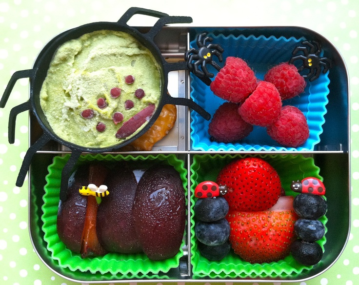 @Holly Worthen Guacamole #Spider and #bug #bento in @LunchBots Quad