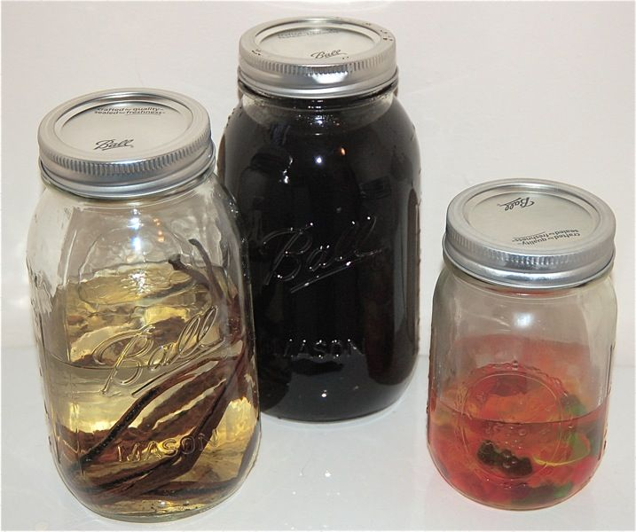 make your own coffee liqueur - easy | drink: with alcohol | Pinterest