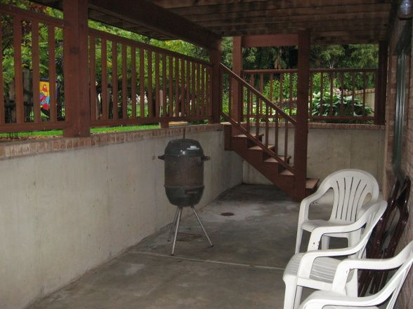 Walkout basement deck undefined outside area patios for Walkout basement patio ideas