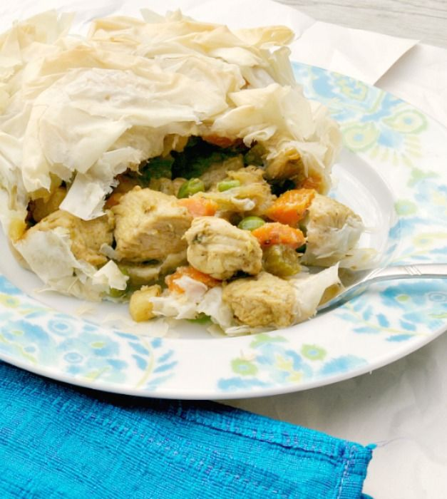 ... food Chicken Curry Pot Pie www.fooddonelight.com #potpie #chicken