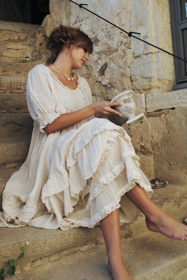 Feminine Romantic Country Clothing Floaty Summer Dress Velvet And Lace Pinterest