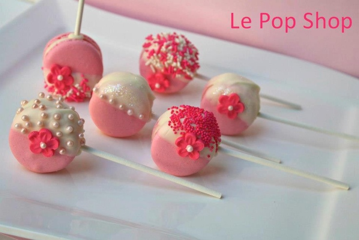 Sweet Petite Pink and White Macarons | Barbie Party. | Pinterest