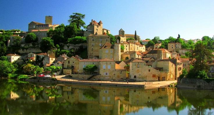 Puy-l'Évêque - medieval village between Fumel and Cahors, Midi-Pyrénées region, France