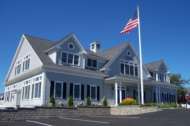 Cape cod style house characteristics house styles for Cape cod house characteristics
