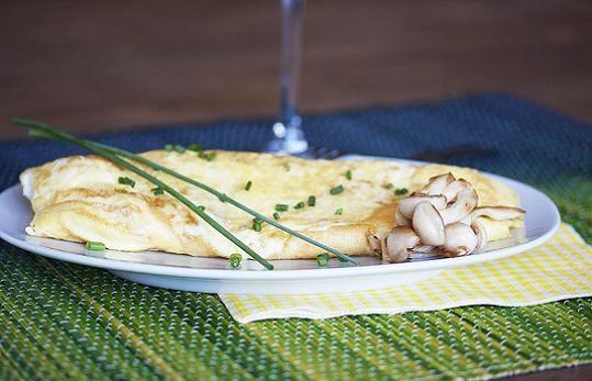 Mushroom and Fontina Omelet