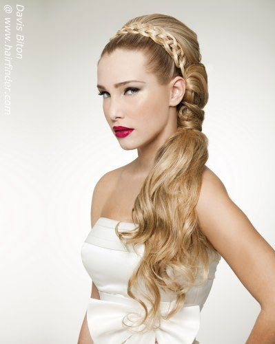 Elegant Bridal Hairstyles For Modern, Chic Looks picture