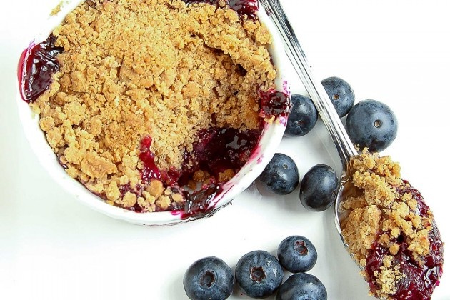 Individual Blueberry Cobblers | Yummy | Pinterest