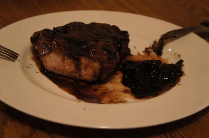 balsamic glazed pork chops | 641.54 This Little PIGgie | Pinterest