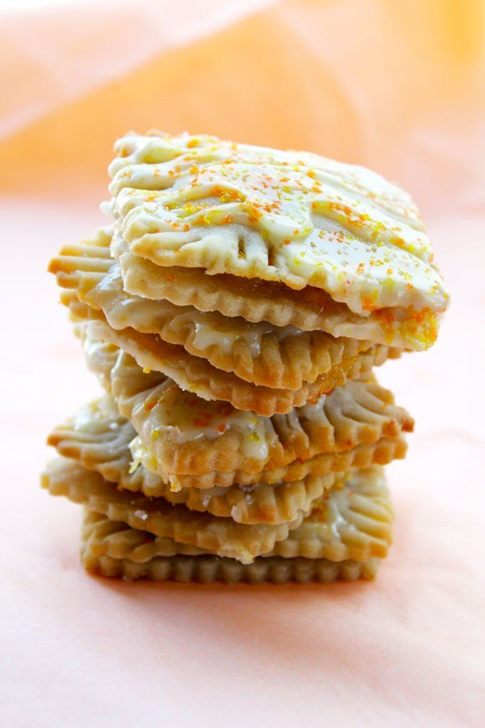 Homemade DIY Pop-Tarts Filled with Orange Marmalade | jjbegonia