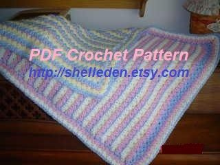 Reversible Waffle Blanket Crochet Pattern - Lisa van Klaveren