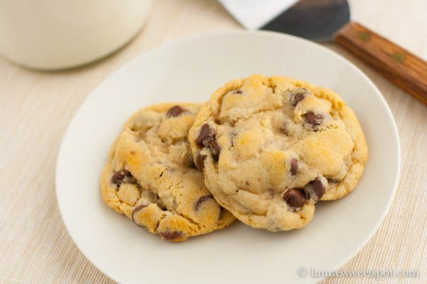 New York Times Chocolate Chip Cookies | Yummys for theTummys (Sweets ...
