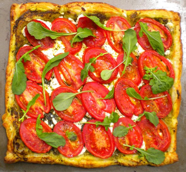 Roasted tomato, goat cheese and pesto tart