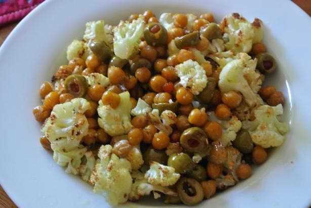 Roasted Cauliflower, Chickpeas, and Olives - This is my new student ...