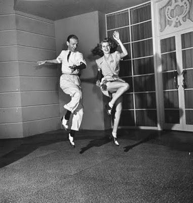 A fabulous picture of Fred Astaire!