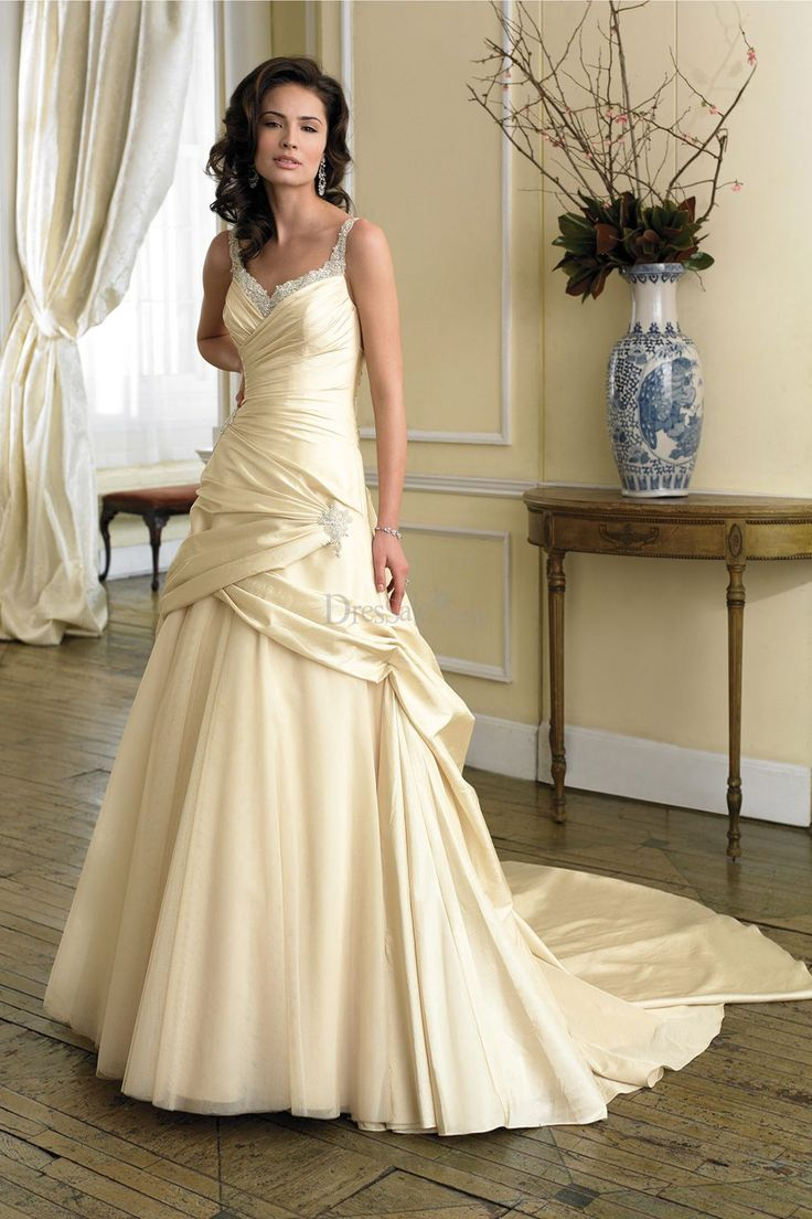 Charming classic pale yellow wedding dress with sequin for Yellow dresses for wedding