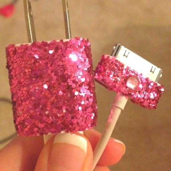 DIY How to cover your iPhone or iPod charger with glitter!