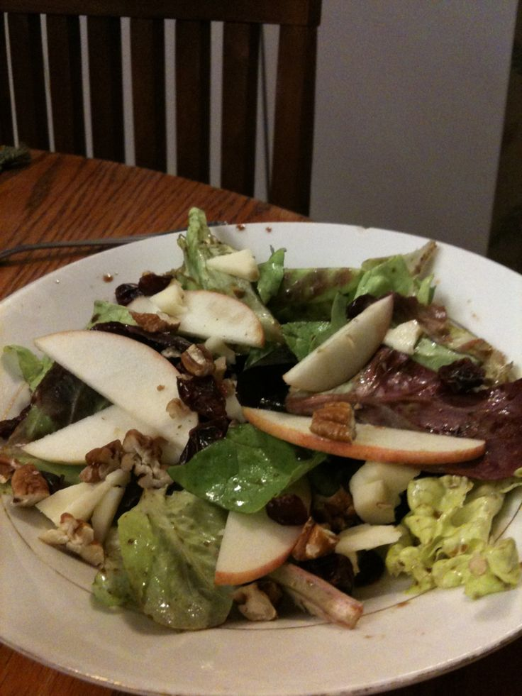 apple and white cheddar salad