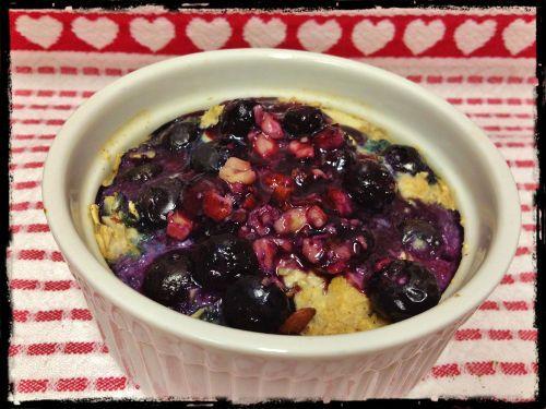 Baked Blueberry Hazelnut Oatmeal | HungryLittleGirl