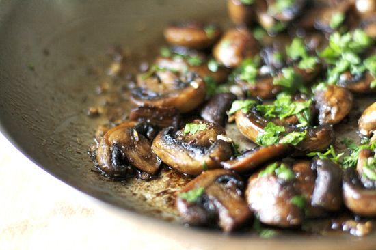 Sauteed mushrooms   I