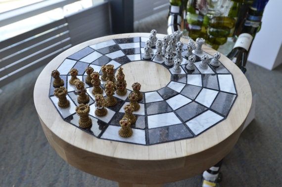 Chainmaille chess set