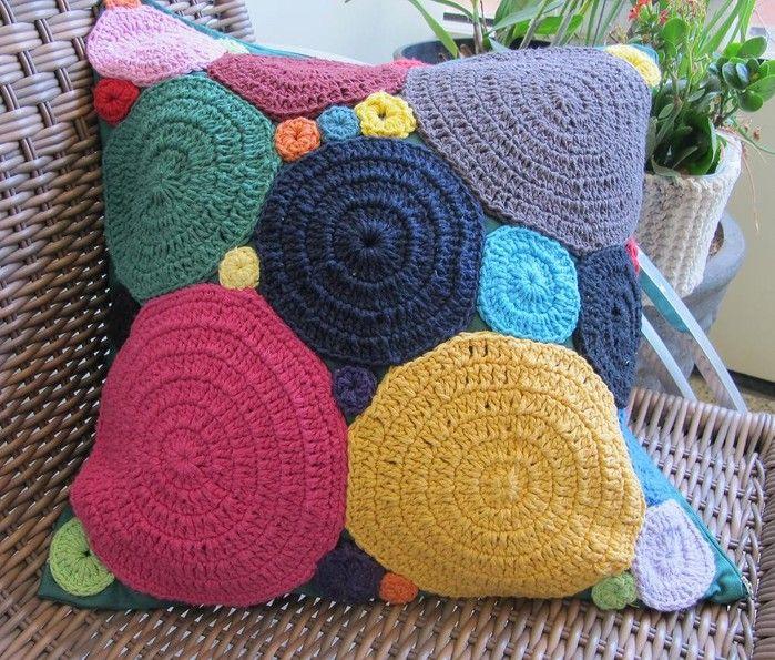 crochet pillow Crochet Pinterest