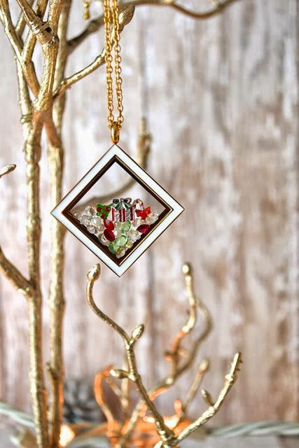 Christmas designs at south hill designs www facebook comshdamymuis