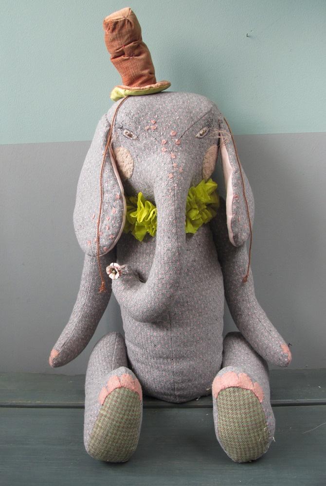 """désaccord — Eléphant """"CIRCUS"""" gris à pois rose"""