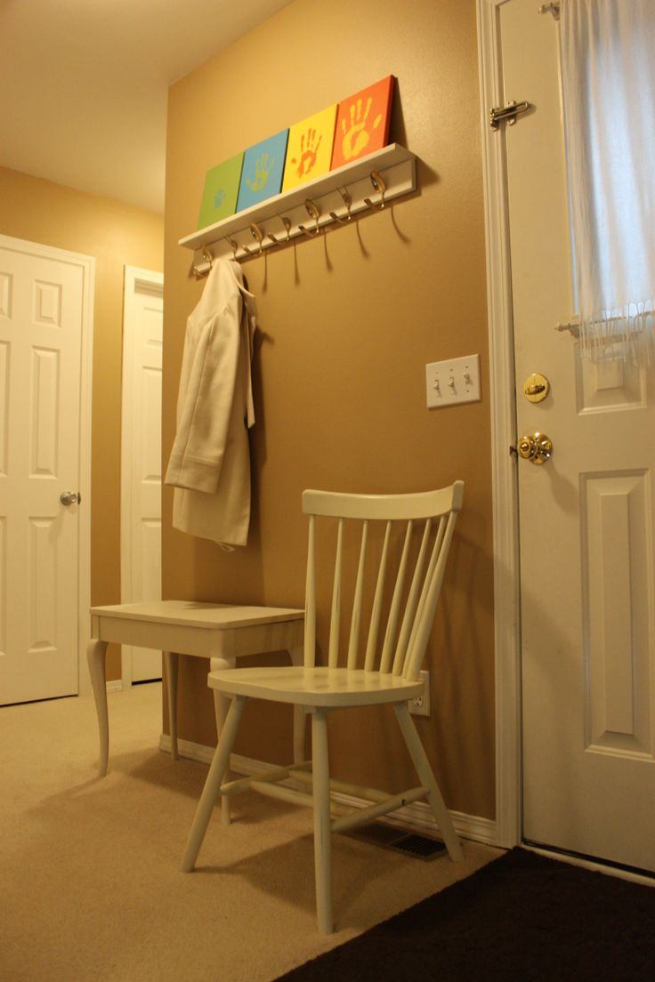 Small Foyer Chair : Small entryway with chair entry office area pinterest