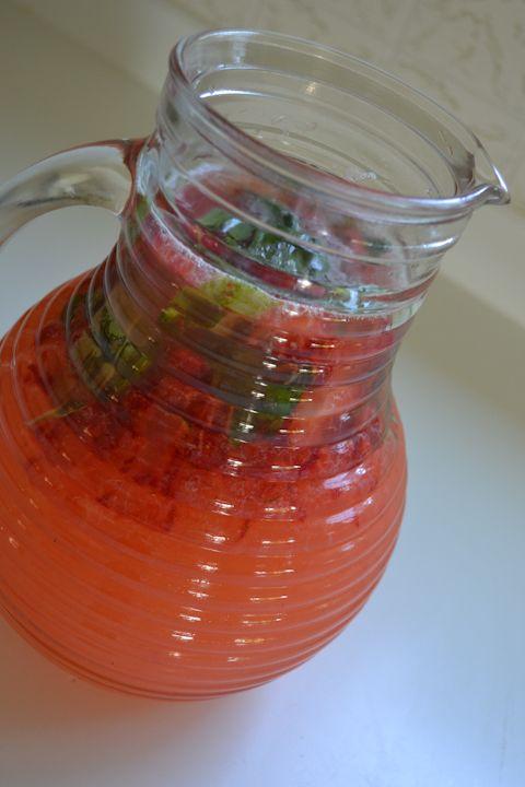 Strawberry basil lemonade | Favorite Recipes | Pinterest