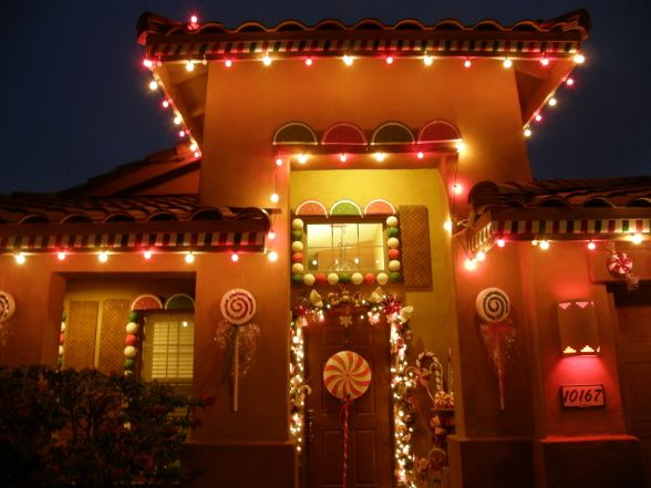 Information about rate my space for Gingerbread house outdoor decorations