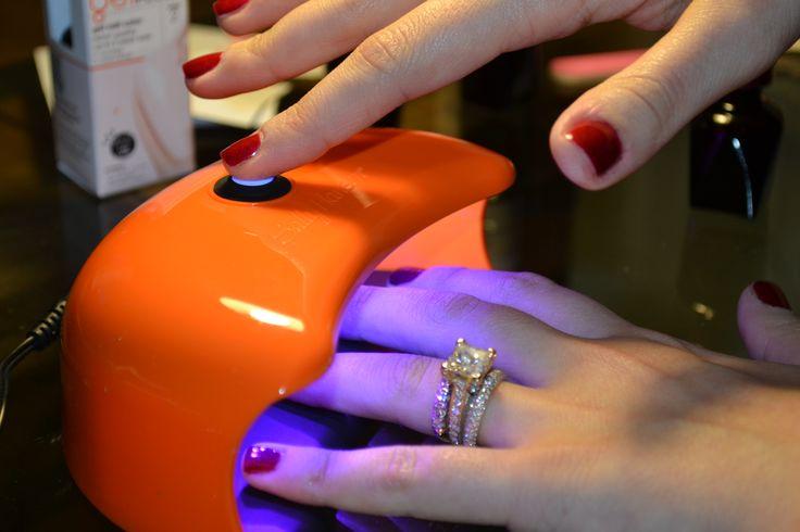DIY at-home sally hansen gel manicure starter kit _ glitterinc.com