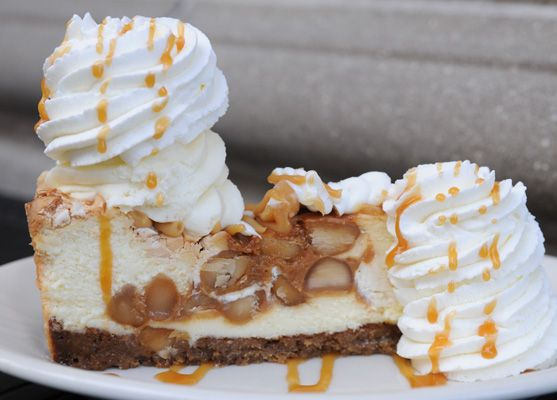 White Chocolate Caramel Macadamia Nut Cheesecake - White Chocolate ...