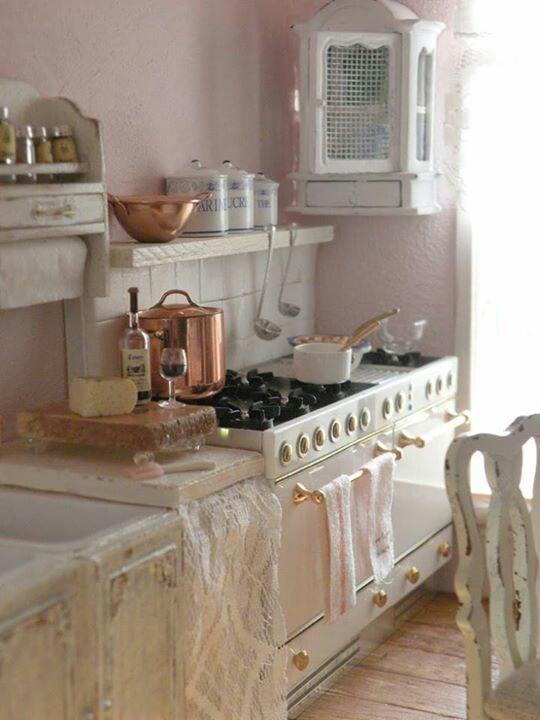 Romantic vintage home cozy kitchens pinterest - Meuble cuisine shabby chic ...