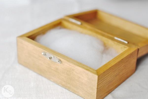 DIY. Rustic ring bearer