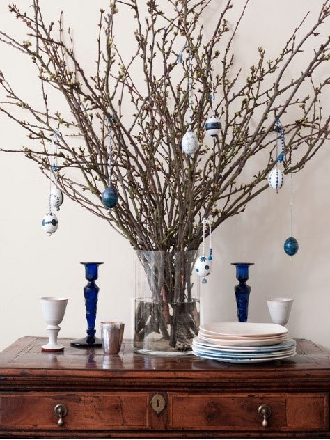 Easter egg tree to hang decorations easter pinterest - Easter egg tree decorations ...