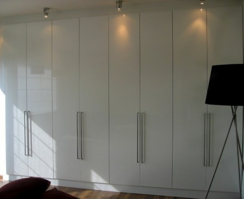 Floor to ceiling closets built ins pinterest for Placard design contemporain