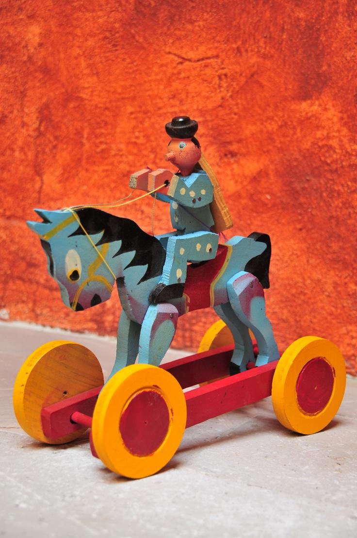 Juguete tradicional mexicano de madera cultures faces - Jugueteros de madera ...