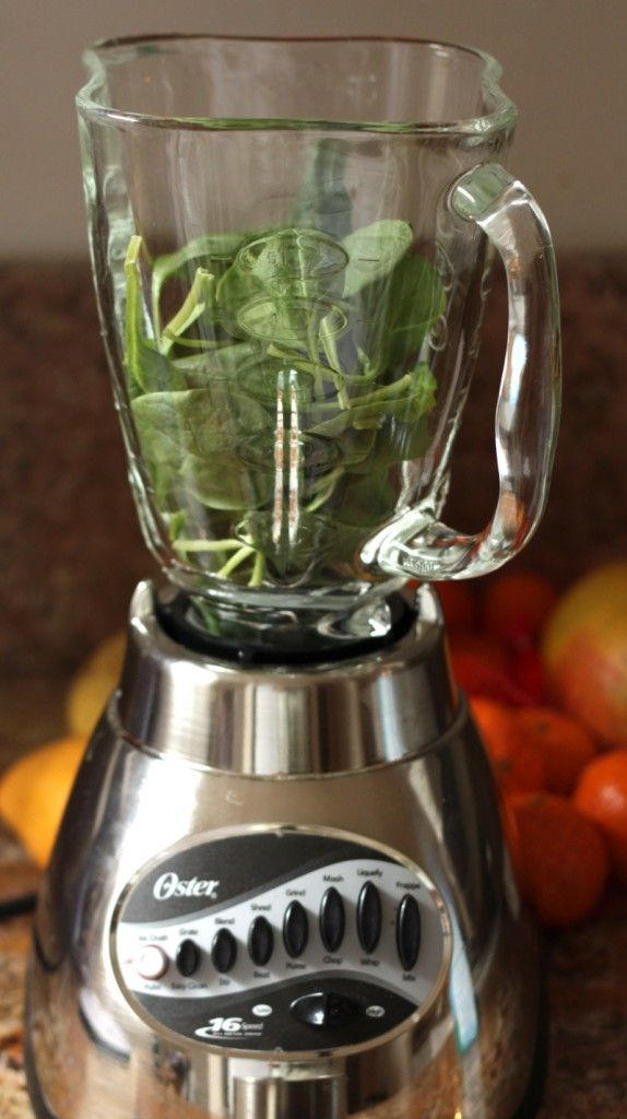 Spoon Up Our Super Skinny Spinach Smoothie (Only 145 Calories!)