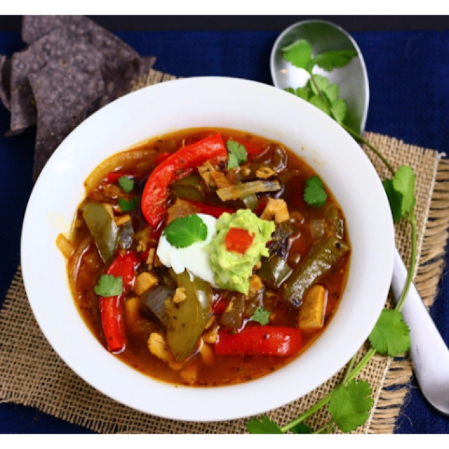 Chicken fajita soup :) | DELISH | Pinterest