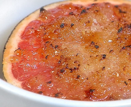 Texas Grapefruit Broiled With Vanilla http://monkeysee.com/play/25219 ...