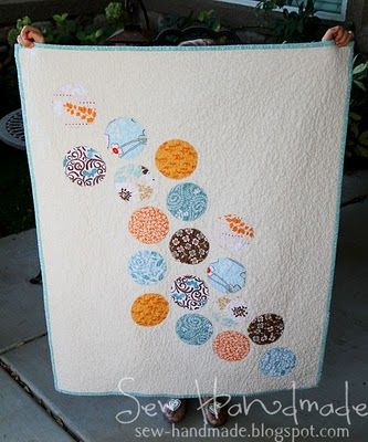 Bubbles appliqued on one border?
