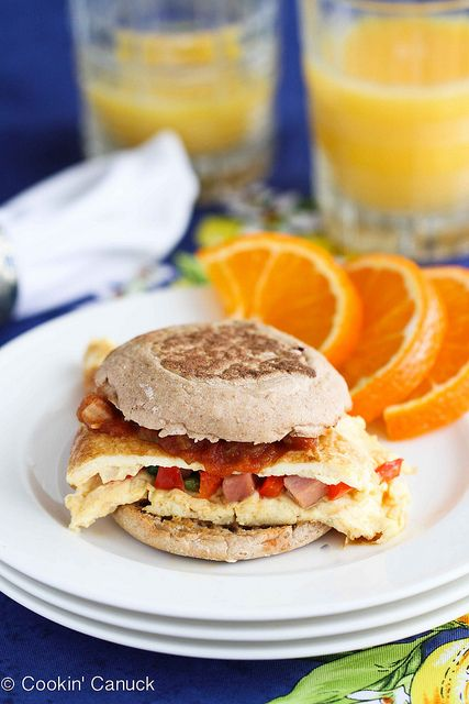 Western Omelet Breakfast Sandwich Recipe with Ham, Peppers & Salsa by ...