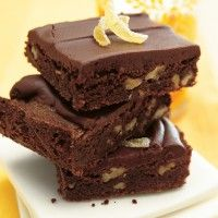 Peanut Butter and Fudge Brownies with Salted Peanuts - Bon Appétit