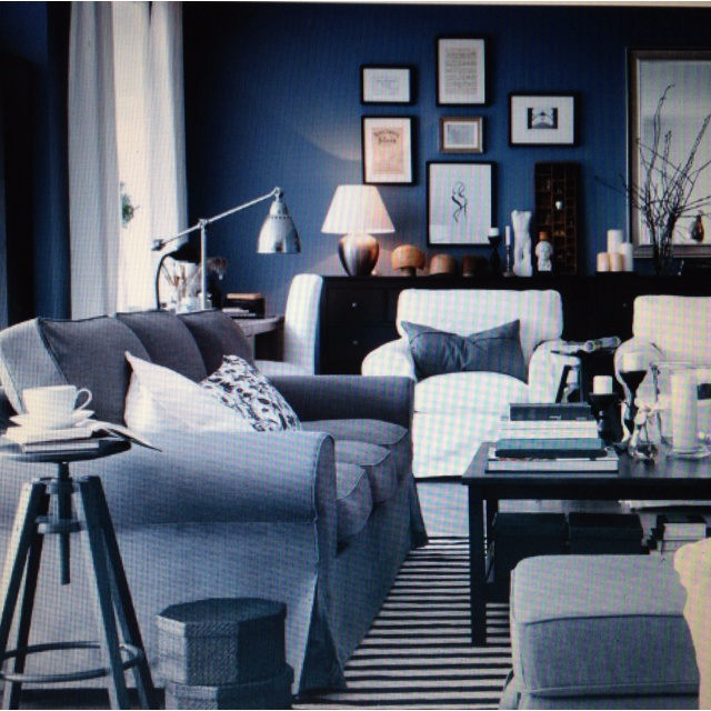 Blue and Gray Living Room 640 x 640