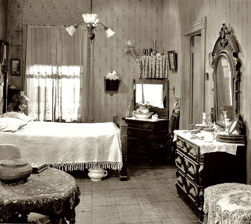 Bedroom decor 1920 39 s when grandmom was a girl pinterest for Bathroom ideas 1920s home