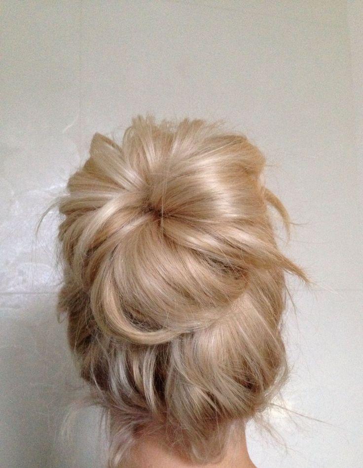tee shirt making BIG blonde bun lt3  My Hair Wishes