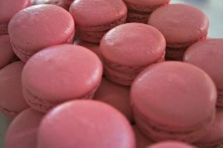 ... Brûlée & Raspberry Macarons | Eats: Macaron Madness | Pinterest