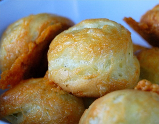 Cheddar Cheese & Chive Puffs | food and drinks | Pinterest